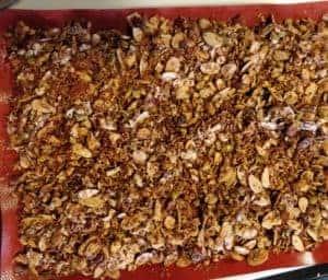 keto backpacking breakfast granola recipe