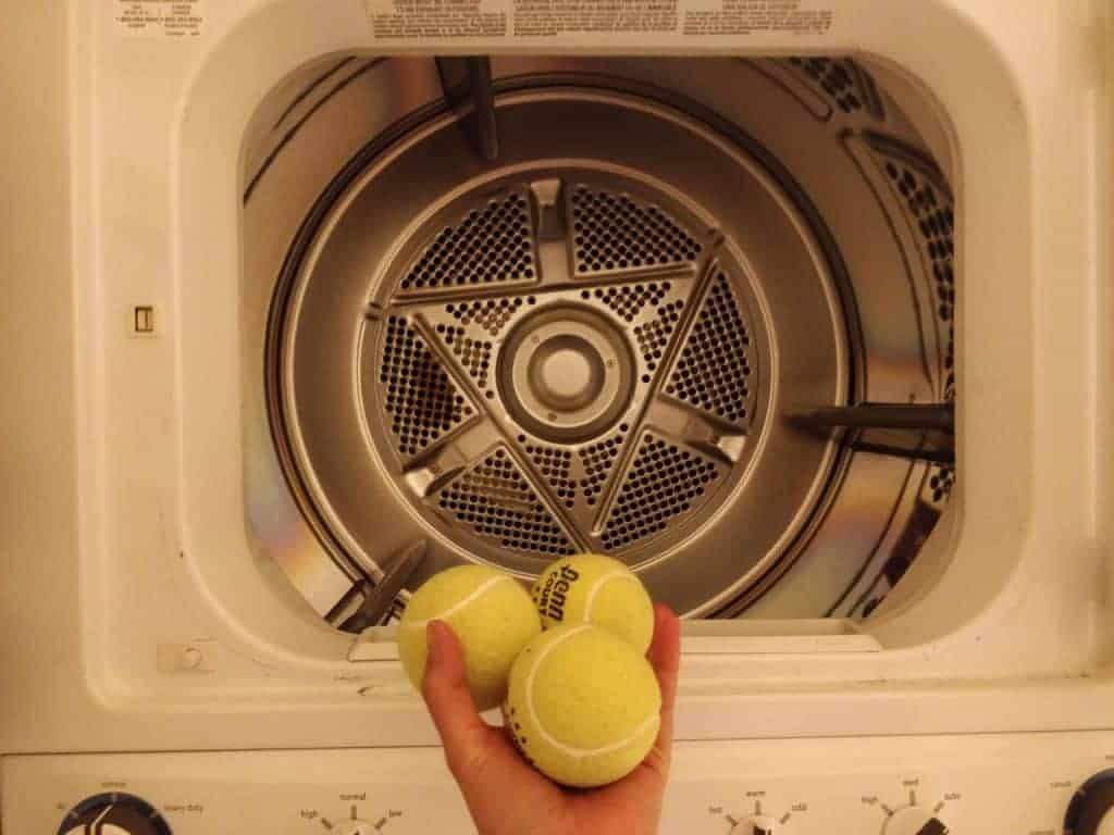 how to dry a down jacket with tennis balls